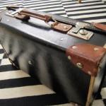 Gammal väska i nyskick
